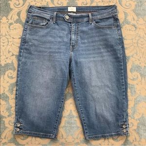"Levis 515 Blue Cropped Jeans Skimmer 🦋 16"" Inseam"